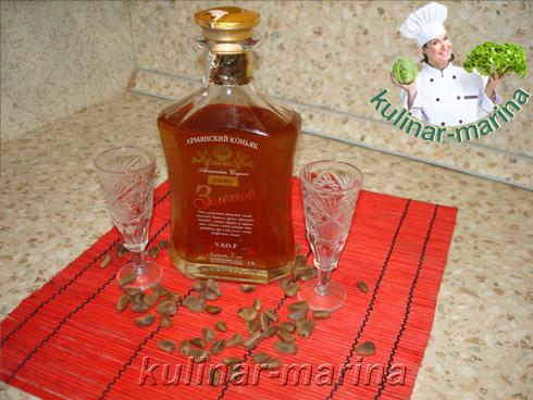 Кедровка, рецепт настойки на кедровых орехах | Nutcracker, liqueur recipe on pine nuts