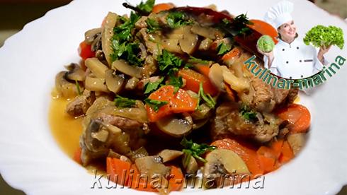 Пошаговые подробные фото рецепта: Cочные свиные ребрышки, тушеные с овощами | Juicy pork ribs, braised with vegetables