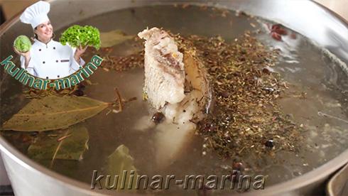 Вкуснейший пошаговый рецепт с фотографиями: Свиная рулька в глазури из бальзамического уксуса   Pork knuckle in the glaze of balsamic vinegar