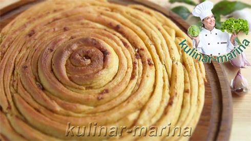 Домашний хлеб с приправами и чесноком | Homemade bread with herbs and garlic